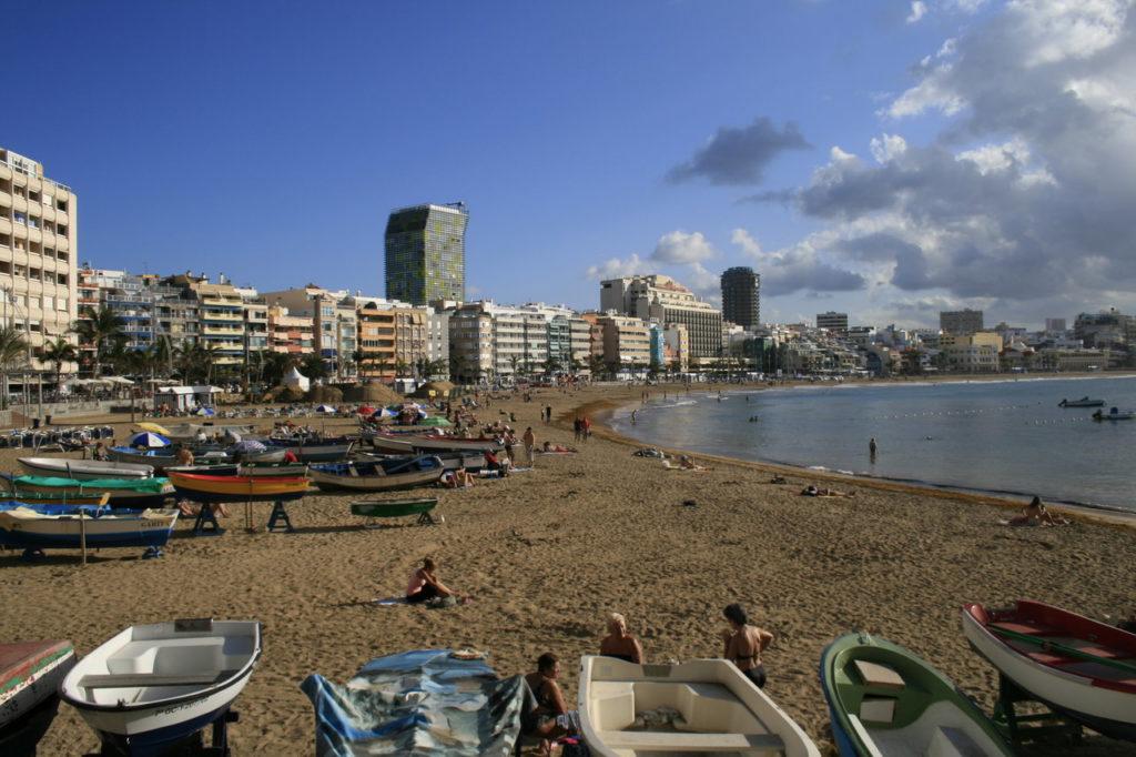 Stranden Playa de Las Canteras i Las Palmas.